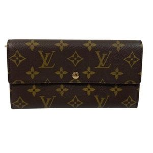 Louis Vuitton Monogram Monnaie Credit/Sarah Walle